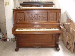 Piano antiguo y viejo pero bien cuidado Recogido Gratis