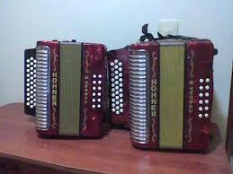 Instrumentos Musicales (acordeones) de Segunda Mano (Usado) Recogidos Gratuitamente (Donados por Gente)